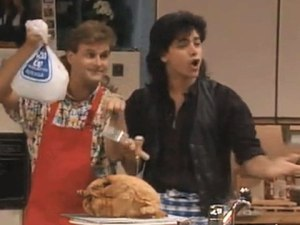 16991917_847348156001_img-091121-thanksgiving-fullhouse-still-120122144652